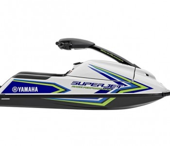 2018-Yamaha-SuperJet-EU-Pure-White-with-Blue-Studio-002